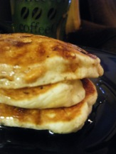 Buttersctoch Pancakes and some stuff from Thanksgivng 042